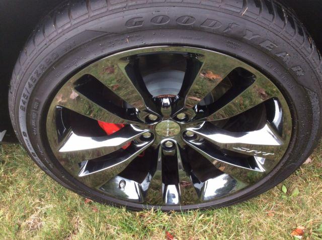 2013 Dodge Challenger Srt 8 392 White Red Stripe 1290