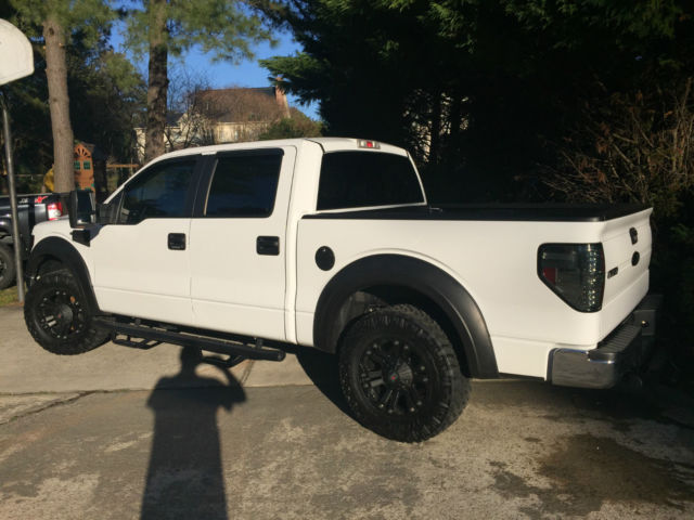 2013 Ford F150 XLT Supercrew White Blacked out under 14K