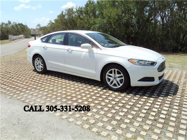 2013 ford fusion se carfax certified one florida owner like new. Black Bedroom Furniture Sets. Home Design Ideas