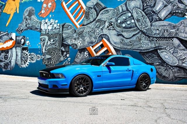 2013 Grabber Blue Mustang 5 0 Gt Premium W Track Package Leather Recaro Seats