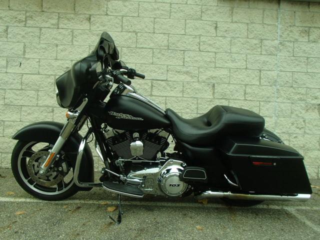 2013 Harley Davidson Flhx Street Glide In Flat Black Um30599 Cs