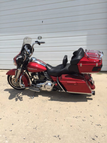 2013 Harley Davidson Streetglide With Tour Pack Ember Red