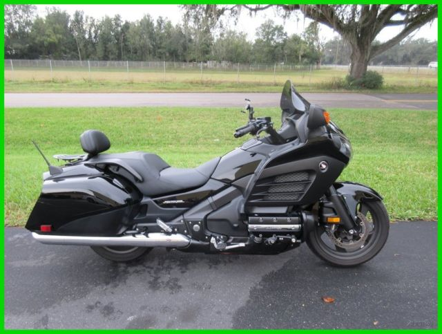 Honda Goldwing Gl Vvv X additionally Gl Covers in addition E F C Ab F D Ce Af C as well Bassani Slip On Mufflers For Honda Gold Wingand F B moreover Honda F B Heated Grips Nice Bike Highway Pegs Stereo Sweet. on honda gold wing f6b
