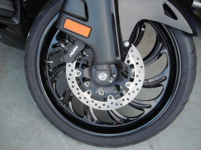 how to clean goldwing wheels
