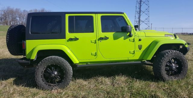 2013 jeep wrangler unlimited sahara with mercenary package gecko green. Black Bedroom Furniture Sets. Home Design Ideas