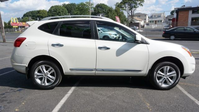 2013 Nissan Rogue SV AWD 4dr SV Miles Pearl White