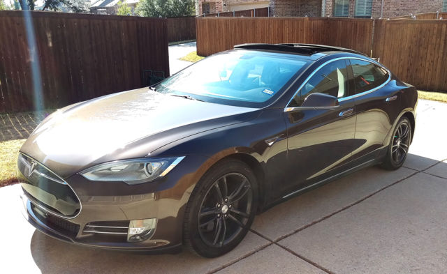2013 tesla model s 85 kwh brown excellent condition extended warranty. Black Bedroom Furniture Sets. Home Design Ideas