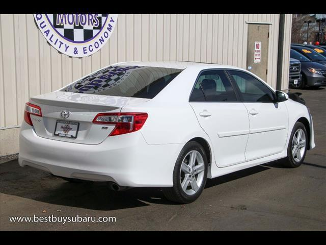 2013 toyota camry se sedan used 4 cylinder 6 speed. Black Bedroom Furniture Sets. Home Design Ideas