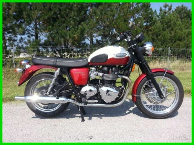 2013 Triumph Bonneville T100 Cranberry Red New England Whit Used