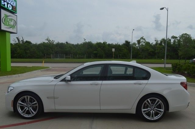 2014 BMW 740I M SPORT EXECUTIVE PKG PRISTINE COND WHITE WE FINANCE