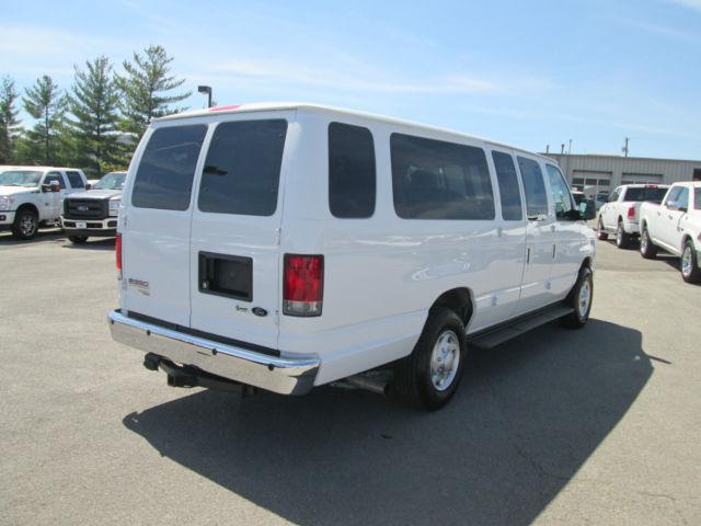 2014 Ford Econoline E350 XLT EXT 15 Passenger Van---Backup