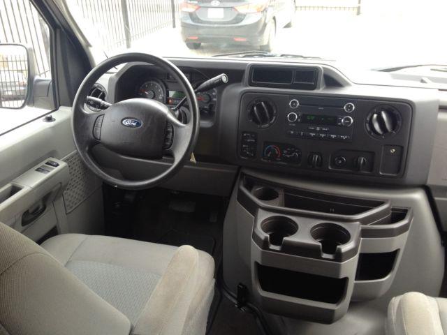 2014 Ford Econoline E350 Xlt Flexfuel Passenger Van