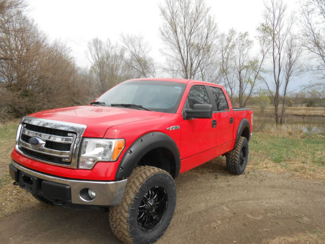 2014 ford f 150 xl crew cab pickup 6 rough country. Black Bedroom Furniture Sets. Home Design Ideas