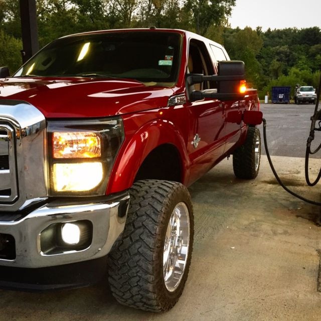 2014 Ford F250 Lariat Crew Cab 6.7L Diesel LIFTED American