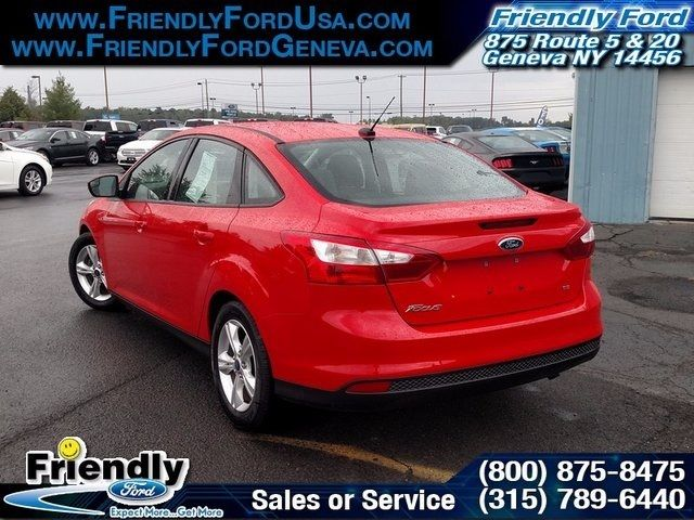 2014 ford focus se 29110 miles race red 4d sedan 2 0l 4 cylinder dgi dohc 5 spee. Black Bedroom Furniture Sets. Home Design Ideas
