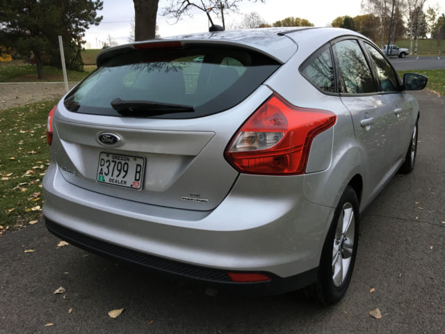 2014 ford focus se hatchback flex fuel 14k miles best. Black Bedroom Furniture Sets. Home Design Ideas