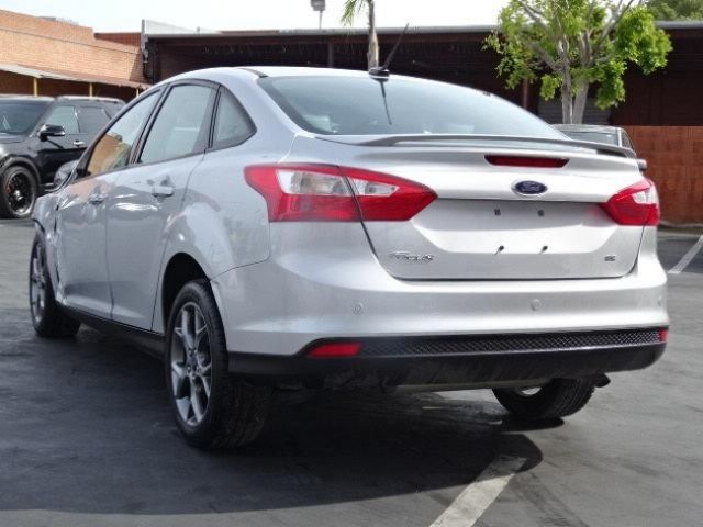 2014 ford focus se sedan salvage wrecked repairable. Black Bedroom Furniture Sets. Home Design Ideas