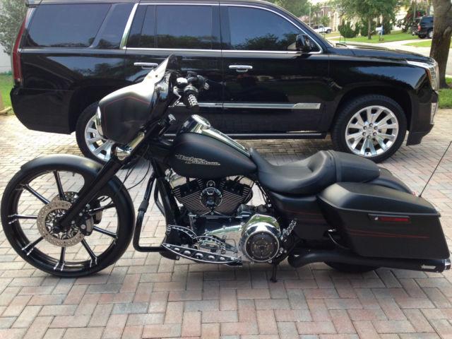 2014 Harley Davidson Street Glide Special Edition Flat Black