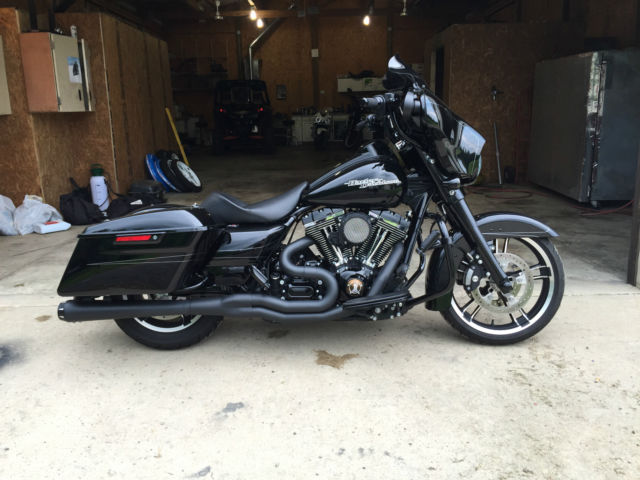 2014 Harley Street Glide Special Blacked Out With Tons Of