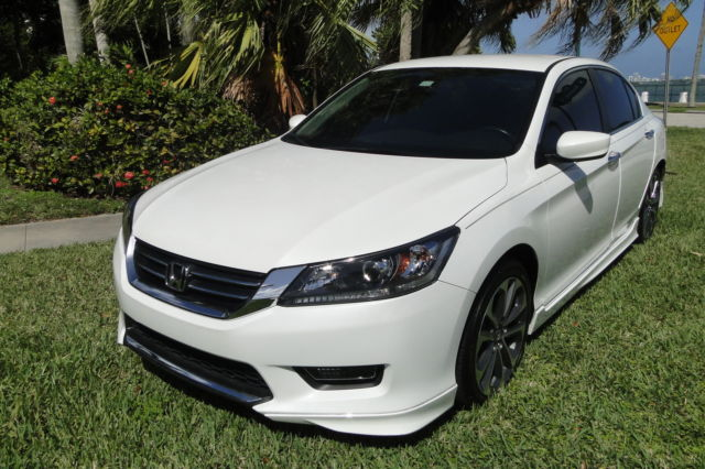 2014 honda accord sport pearl white 14k miles mint. Black Bedroom Furniture Sets. Home Design Ideas