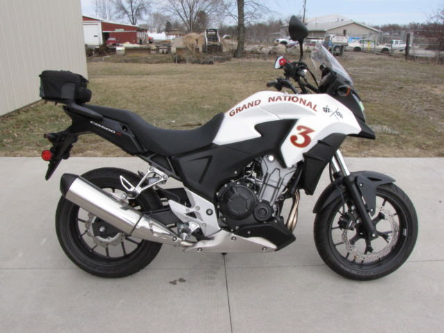 2014 honda cb500x white 210 miles runs no reserve. Black Bedroom Furniture Sets. Home Design Ideas