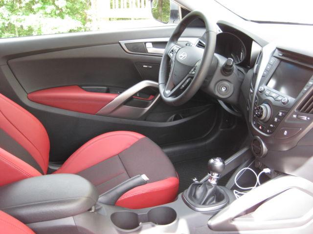 2014 Hyundai Veloster R Spec Turbo Elite White Black