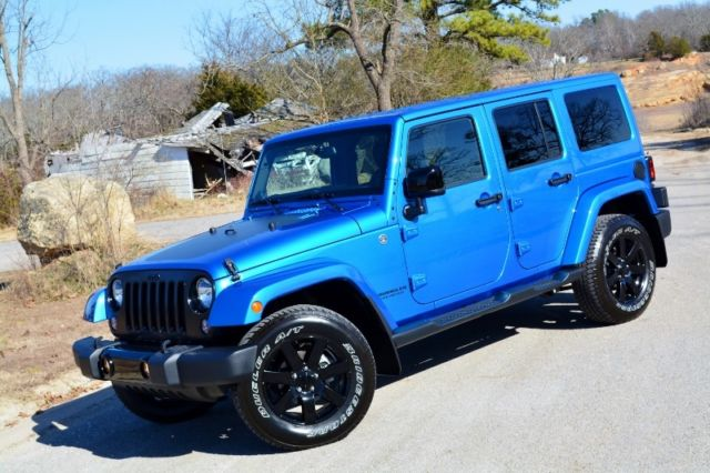 2014 Jeep Wrangler Unlimited Altitude Edition 4x4 One Owner ONLY