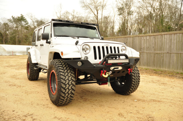 2014 jeep wrangler unlimited sport suv 4x4 4 door white red interior. Black Bedroom Furniture Sets. Home Design Ideas