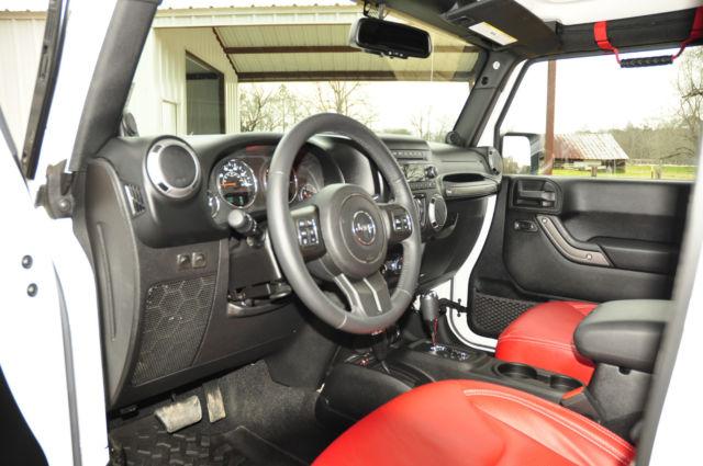 2014 jeep wrangler unlimited sport suv 4x4 4 door white red interior. Black Bedroom Furniture Sets. Home Design Ideas