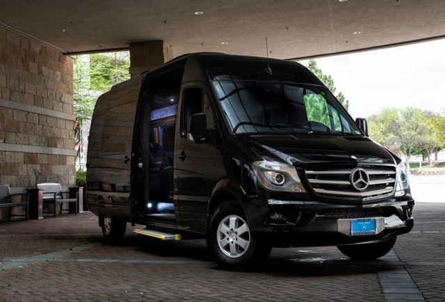 2014 Mercedes Benz Sprinter Executive Motor Coach