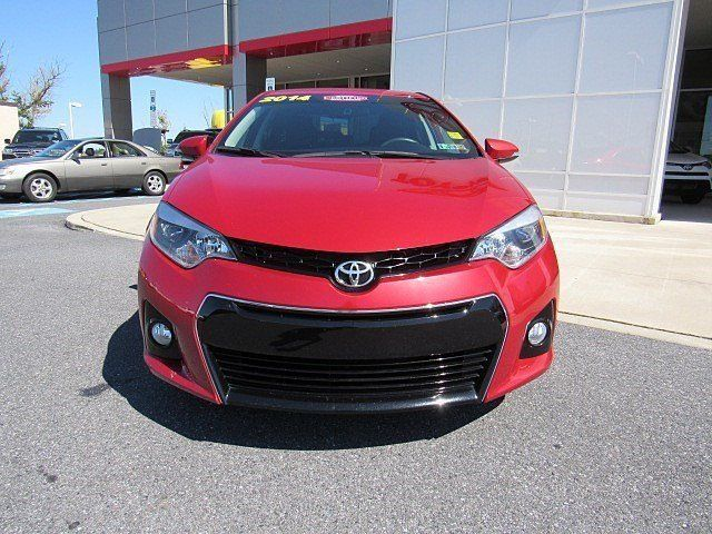 2014 toyota corolla s plus 32531 miles barcelona red. Black Bedroom Furniture Sets. Home Design Ideas