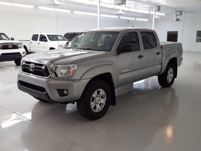 2014 toyota tacoma double cab v6 5at 4wd 35 100 miles silver 4 0l v6 dohc 24v a. Black Bedroom Furniture Sets. Home Design Ideas