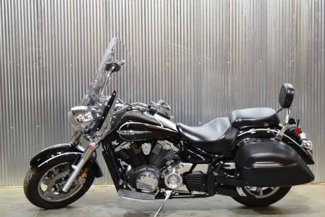 2014 yamaha v star 1300 tourer raven new 0 miles finance all trades warranty for Yamaha motorcycle warranty