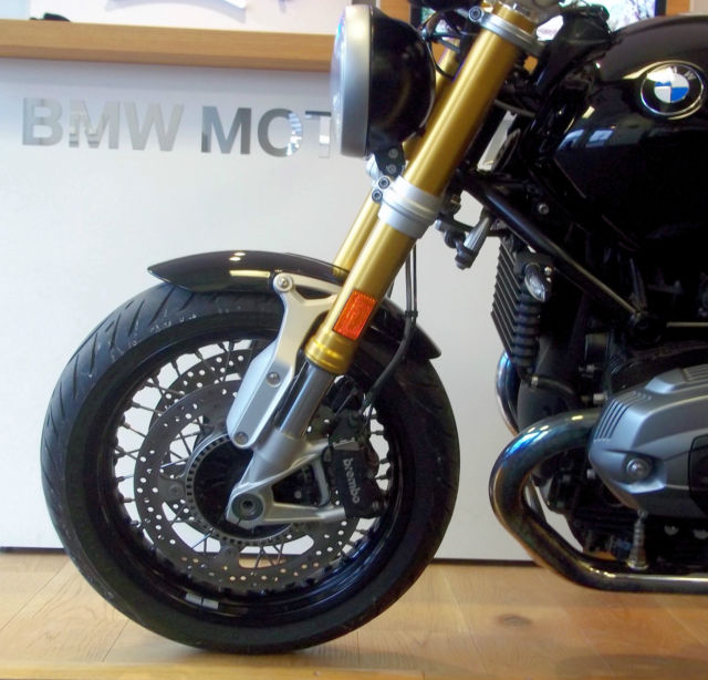 how to make cafe racer tail