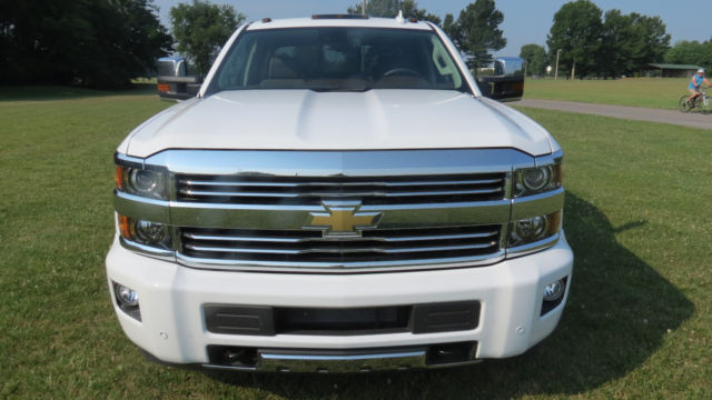 2015 chevrolet silverado 4x4 high country 3500 dually white. Black Bedroom Furniture Sets. Home Design Ideas
