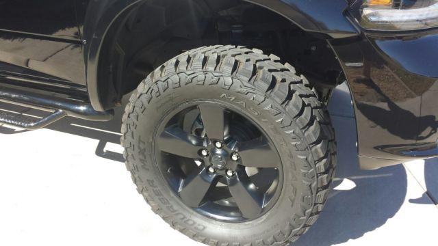 """2015 Dodge Ram 1500 4x4 Quad Cab 6"""" Pro-Comp Lift 35"""" tires"""