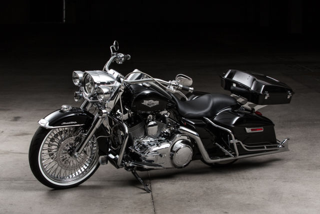 2015 harley davidson road king full cholo style still new. Black Bedroom Furniture Sets. Home Design Ideas