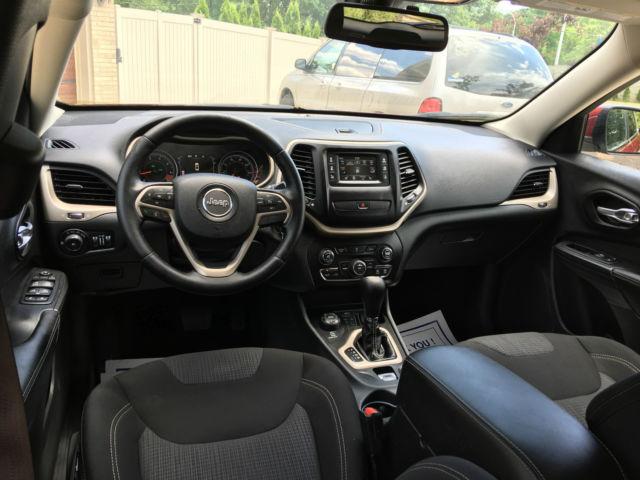 2015 Jeep Cherokee Latitude Sport Utility 4 Door 2 4l Like New Select Terrain