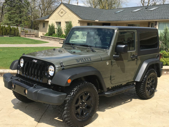 2015 jeep wrangler sport utility 2 door 4x4 sport rock track system trail rated. Black Bedroom Furniture Sets. Home Design Ideas