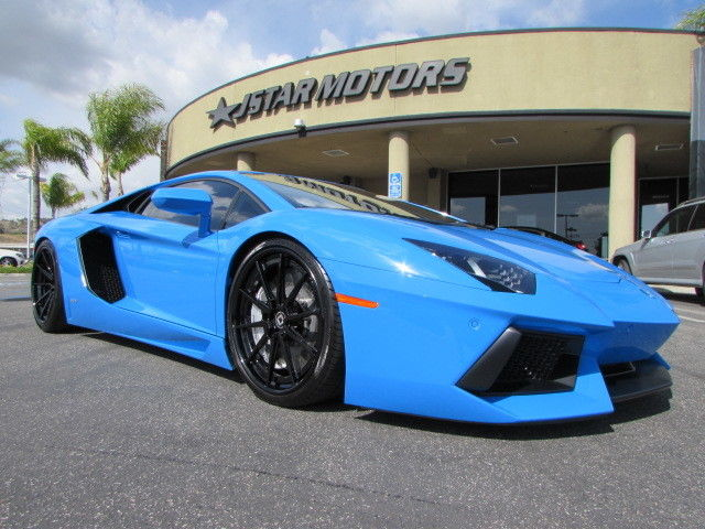 2015 Lamborghini Aventador Blue Le Mans