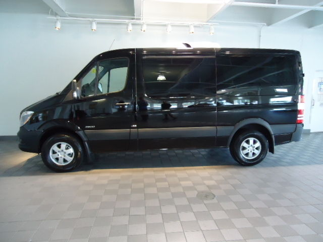 2015 mercedes benz sprinter 2500 m2pv144 passenger van for Mercedes benz 7 passenger