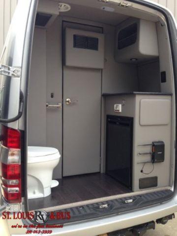 2 Door Charger >> 2015 Mercedes Sprinter 3500 Daycruiser Bathroom 10