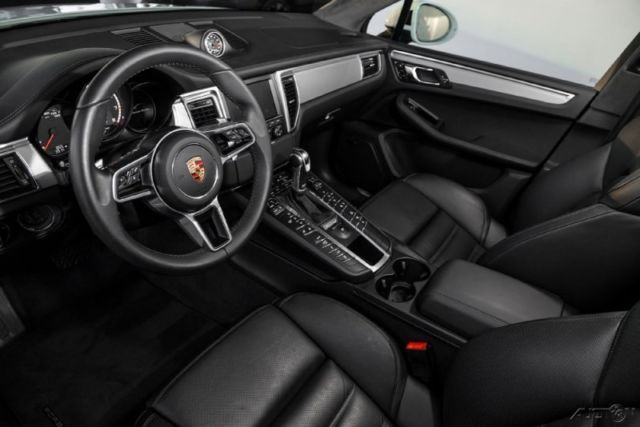 2015 Porsche Macan Turbo White W Black Interior 4dr Awd 3 6l V6 24v