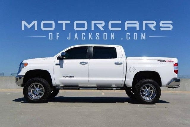"2015 Tundra 4WD 4x4 6"" Lift Fuel Wheels White TRD Rough ..."