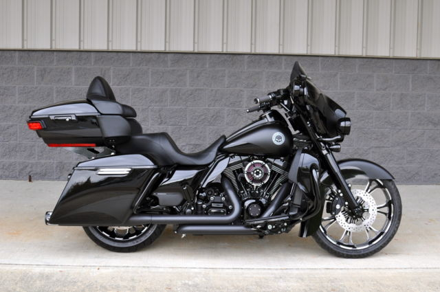 2015 Ultra Classic Low Custom 1 Of A Kind 20k In Xtra