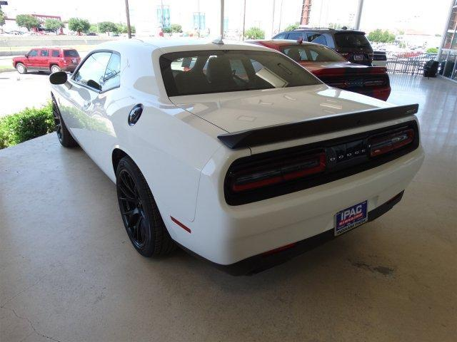 2016 2dr new supercharged challenger hellcat v 8 6 2 l 376 8 speed rwd white. Black Bedroom Furniture Sets. Home Design Ideas