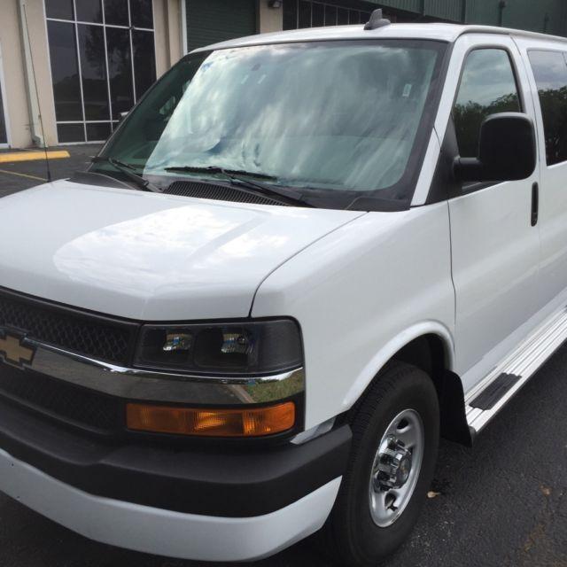 2016 Chevrolet Express G3500 LT,12 Passenger Van,Backup