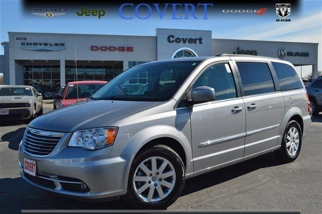 2016 Chrysler Town Country Touring 27795 Miles Billet Silver Metallic Clearcoa