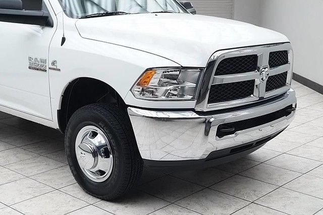 2016 dodge ram 3500 diesel 4x4 dually tradesman regular cab 5k miles. Black Bedroom Furniture Sets. Home Design Ideas