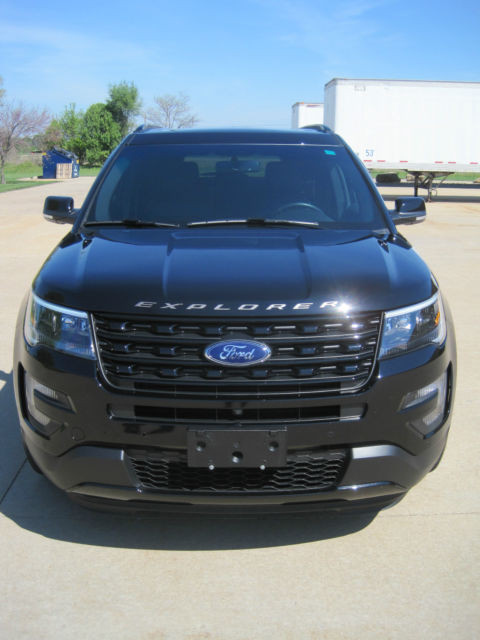 2016 ford explorer sport black on black 18k miles fully loaded no reserve. Black Bedroom Furniture Sets. Home Design Ideas